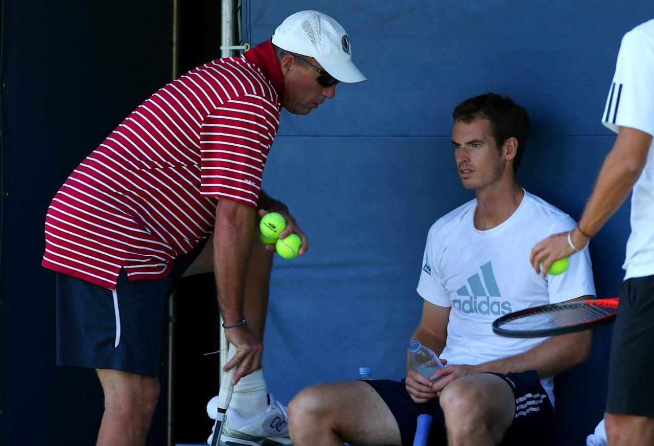 NEW YORK, NY - AUGUST 24: Andy Murray of Great Britain speaks with his coach Ivan Lendl during a practice session ahead of the 2013 US Open at USTA Billie Jean King National Tennis Center on August 24, 2013 in New York City. (Photo by Dan Istitene/Getty Images for the USTA)