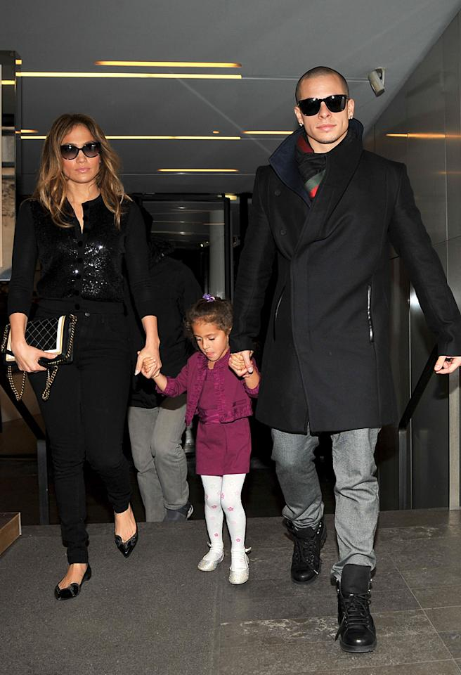 October 15, 2012: Jennifer Lopez spotted with boyfriend Casper Smart and daughter Emme are spotted shopping today in Paris, France.  Pictured here: Jennifer Lopez, Emme Anthony, Casper Smart.