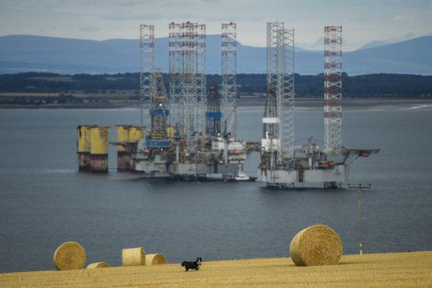 Oil rigs in Scotland (Photo: Peter Summers via Getty Images)