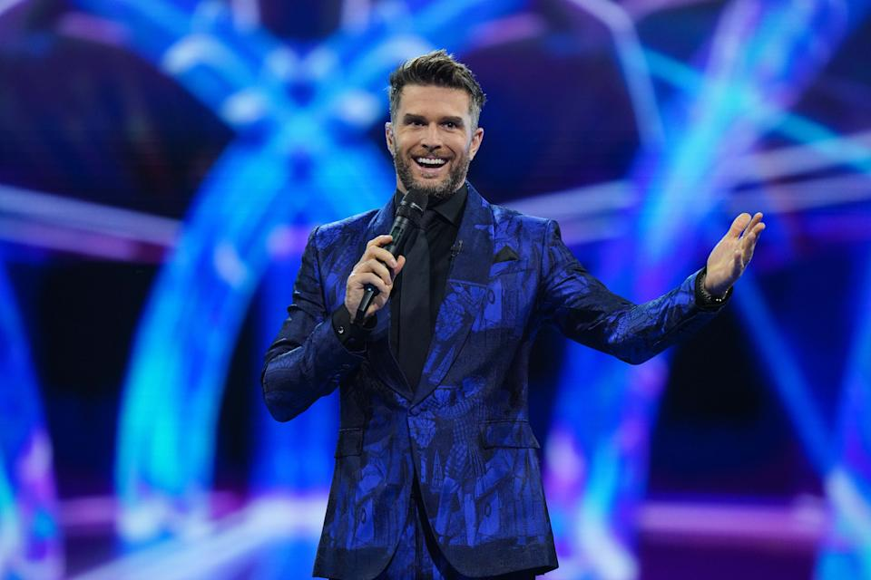 This image and the information contained herein is strictly embargoed until 00.01 Saturday 23rd January 2021  From Bandicoot TV  The Masked Singer: SR2: Ep5 on ITV  Pictured: Joel Dommett.  This photograph is (C) Bandicoot TV and can only be reproduced for editorial purposes directly in connection with the programme or event mentioned above, or ITV plc. Once made available by ITV plc Picture Desk, this photograph can be reproduced once only up until the transmission [TX] date and no reproduction fee will be charged. Any subsequent usage may incur a fee. This photograph must not be manipulated [excluding basic cropping] in a manner which alters the visual appearance of the person photographed deemed detrimental or inappropriate by ITV plc Picture Desk.  This photograph must not be syndicated to any other company, publication or website, or permanently archived, without the express written permission of ITV Picture Desk. Full Terms and conditions are available on the website www.itv.com/presscentre/itvpictures/terms  For further information please contact: james.hilder@itv.com / 0207 157 3052