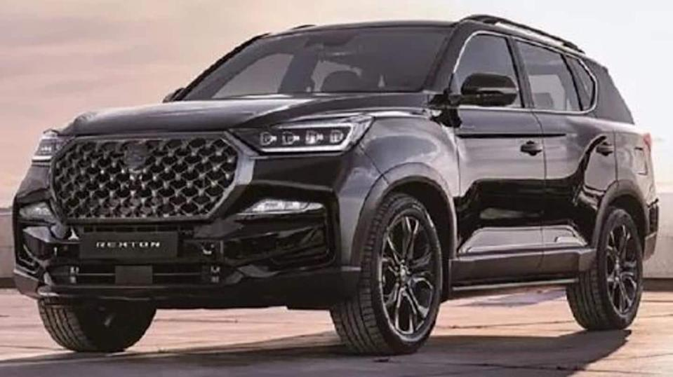 Ahead of global debut, images of SsangYong Rexton (facelift) leaked