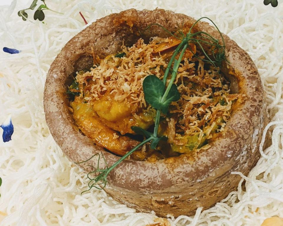 Conpoy and Curry Prawn Yam Ring