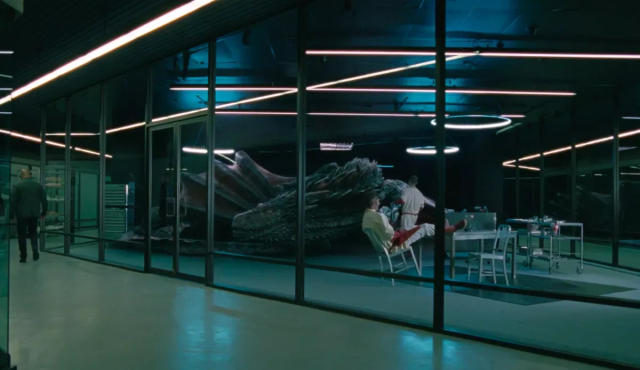 Drogon turns up in Westworld (Credit: HBO