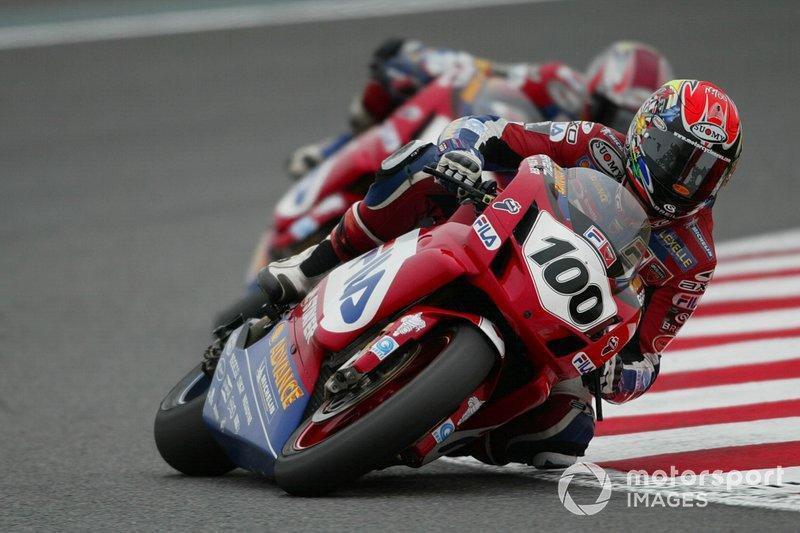 "Campeón WorldSBK 2003<span class=""copyright"">Gold and Goose / Motorsport Images</span>"
