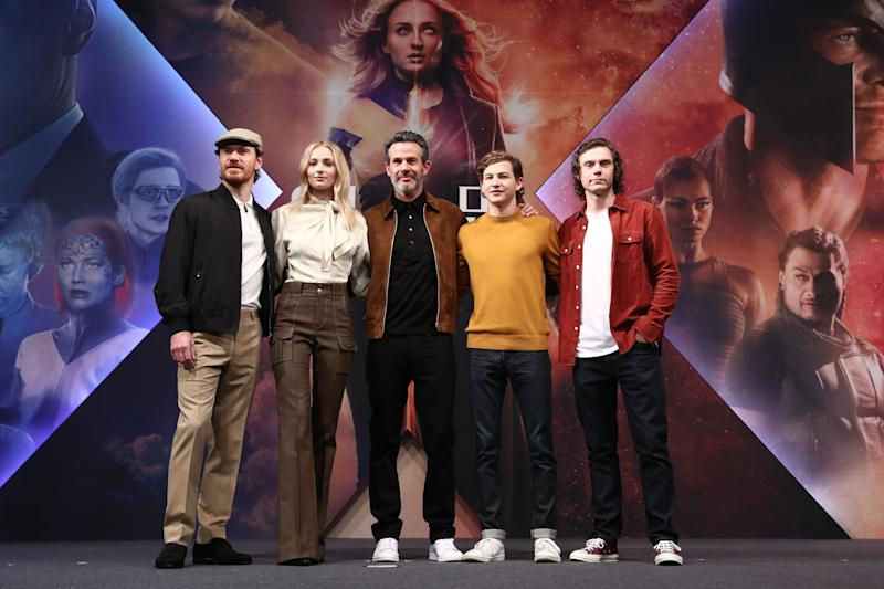 "SEOUL, SOUTH KOREA - MAY 27: (L to R) Actor Michael Fassbender, actress Sophie Turner, director Simon Kinberg, actors Tye Sheridan and Evan Peters attend the press conference for South Korean premiere of ""X-Men: Dark Phoenix"" on May 27, 2019 in Seoul, South Korea. (Photo by Chung Sung-Jun/Getty Images)"