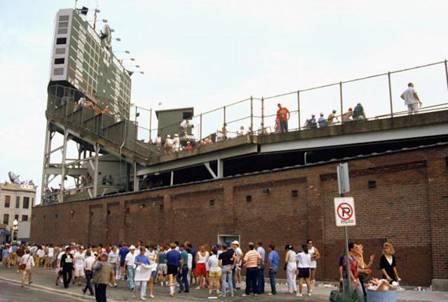 Waveland Avenue outside of Wrigley Field, circa 1988. (Getty Images)