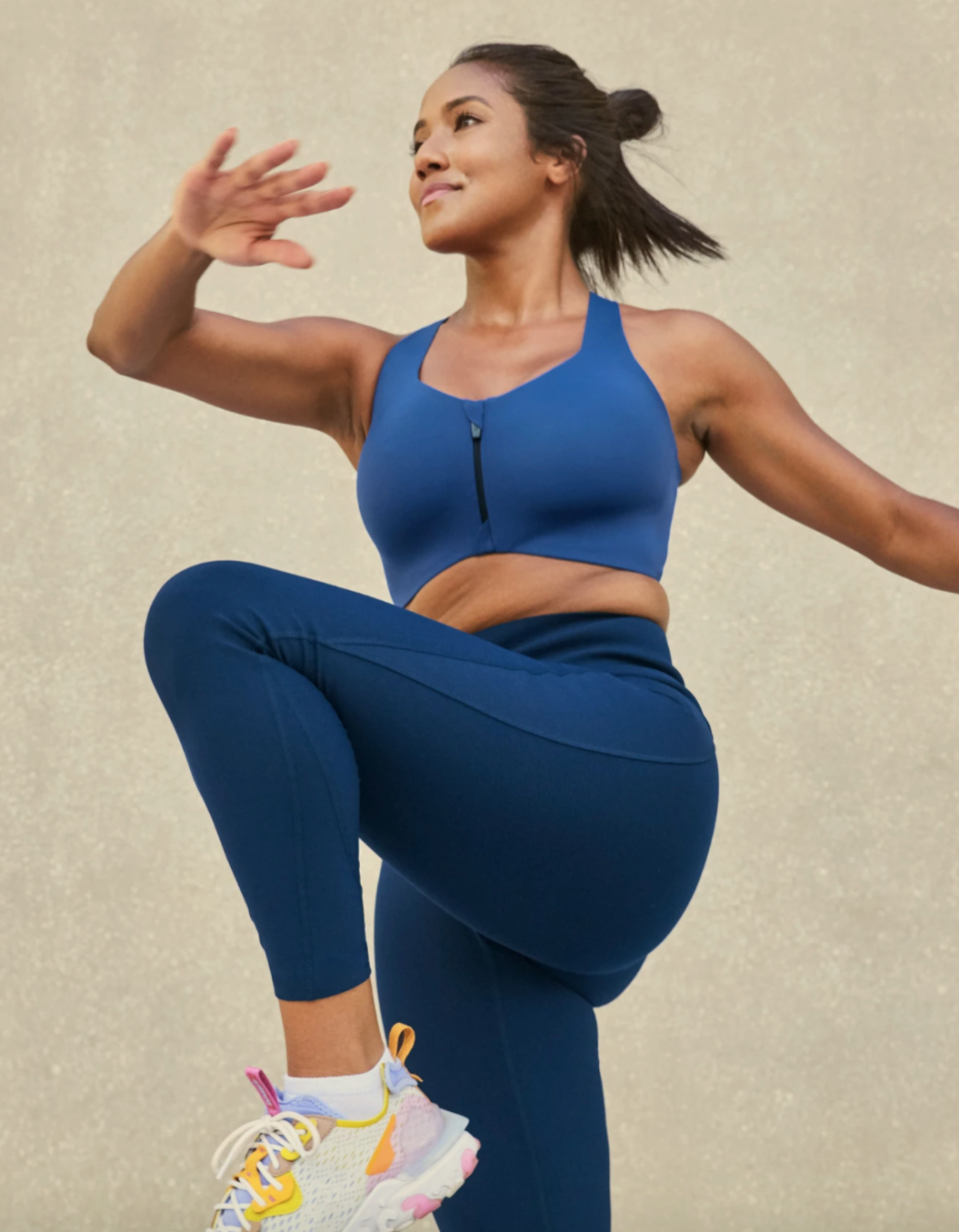 The Catalyst Front Zip Sports Bra features wireless support - perfect for larger chested women.