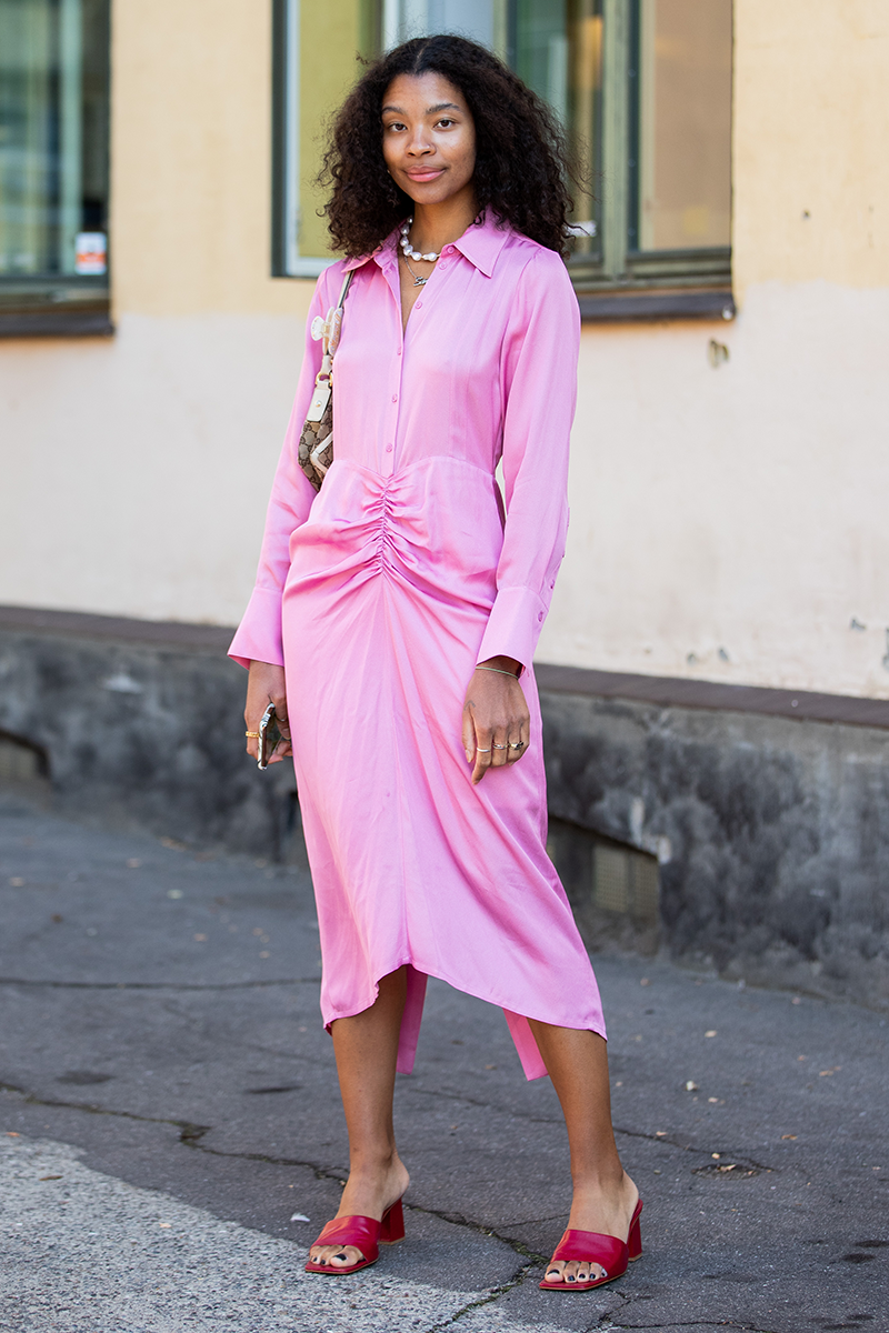 <p>Fun details like ruching add a little bit of 'fashion' to your single hued staples. Oh, and did we mention they're also an instant confidence booster?</p>