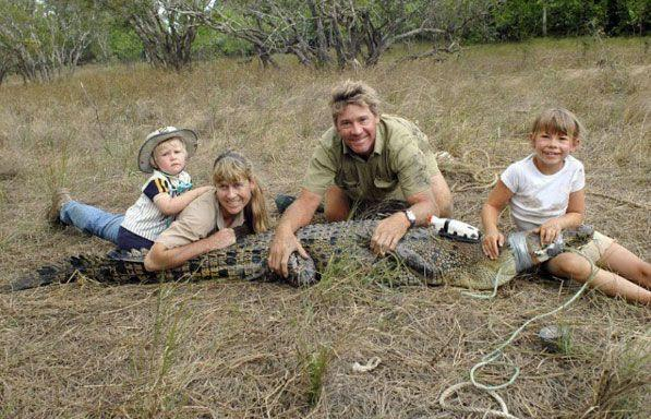 Steve Irwin pictured with his wife, Terri, and children Robert and Bindi. Photo: Instagram