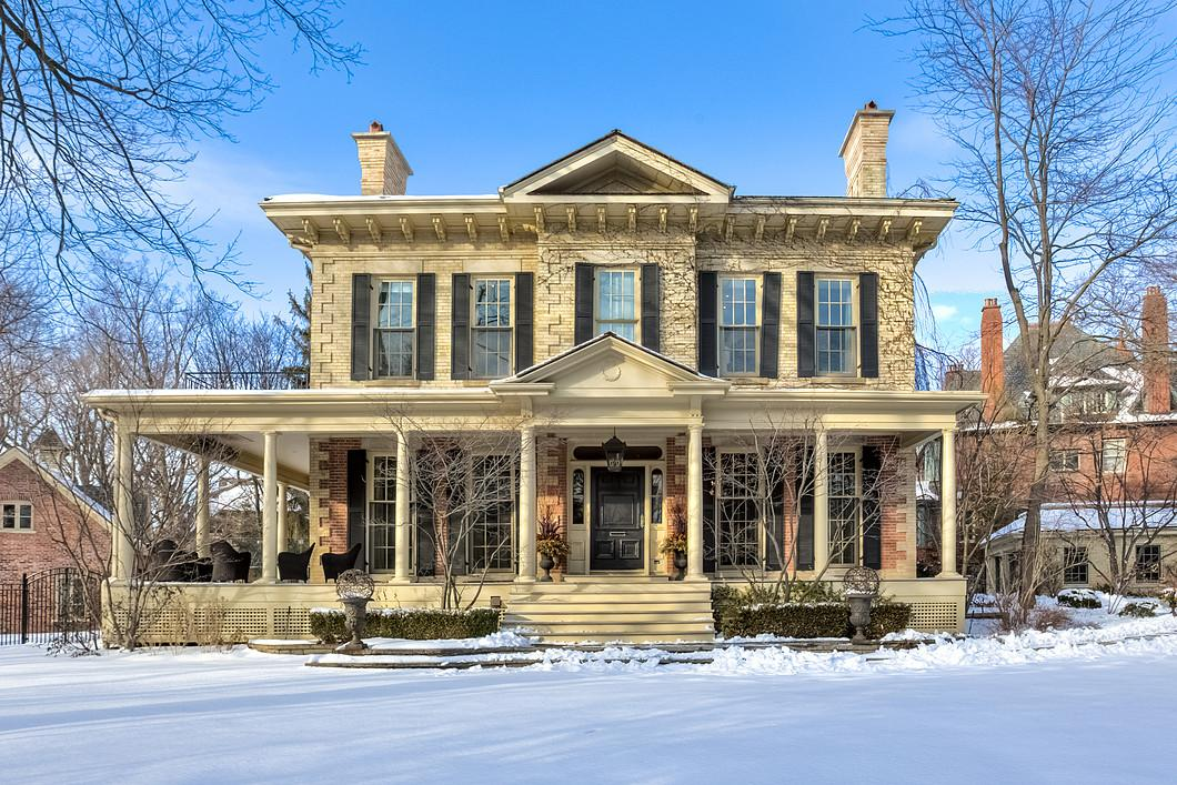 "<p>No. 9: 124 Park Rd., Toronto<br /> Price: $17,700,000<br /> (<a rel=""nofollow"" href=""http://sothebysrealty.ca/en/property/ontario/greater-toronto-area-real-estate/toronto/101207/"">Sotheby's International Realty</a>) </p>"