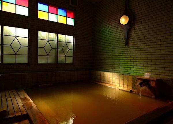 ▲ The men's Hinoki no Yu bath. The atmosphere of this bath is very soothing.