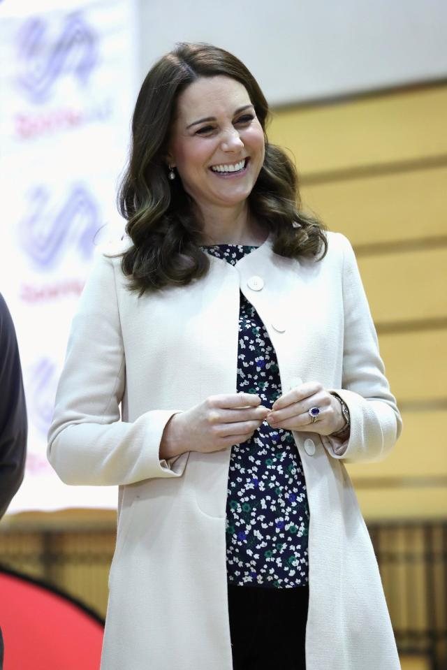 REFILE - CORRECTING CATHERINE'S TITLE Britain's Catherine, Duchess of Cambridge, meets wheelchair basketball players, some of whom hope to compete in the 2022 Commonwealth Games in Birmingham, during her visit to the Copper Box in the Olympic Park in Stratford, London, Britain, March 22, 2018. Chris Jackson/Pool via Reuters