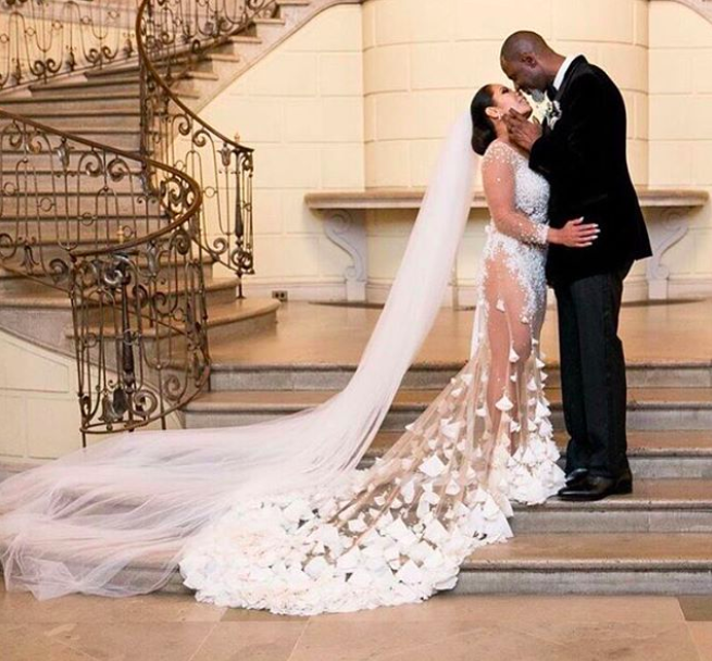 """<p>The singer rang the New Year in right by tying the knot with Leilani Mendoza — and sharing the evidence on social media. After getting engaged in September, the two married at Oheka Castle in Long Island with Mendoza wearing a gorgeous wedding dress featuring <a rel=""""nofollow noopener"""" href=""""https://www.instagram.com/p/BdZTWgWBlXz/?taken-by=brianmcknight23"""" target=""""_blank"""" data-ylk=""""slk:50,000 Swarovski crystals"""" class=""""link rapid-noclick-resp"""">50,000 Swarovski crystals</a>. Very simple. With captions like, """"Happiest day of our lives"""" and references to his """"beautiful wife,"""" McKnight's wedding glee melts even the hardest of hearts. (Photo: <a rel=""""nofollow noopener"""" href=""""https://www.instagram.com/p/BdZRfcehiqu/?taken-by=brianmcknight23"""" target=""""_blank"""" data-ylk=""""slk:Brian McKnight via Instagram"""" class=""""link rapid-noclick-resp"""">Brian McKnight via Instagram</a>) </p>"""