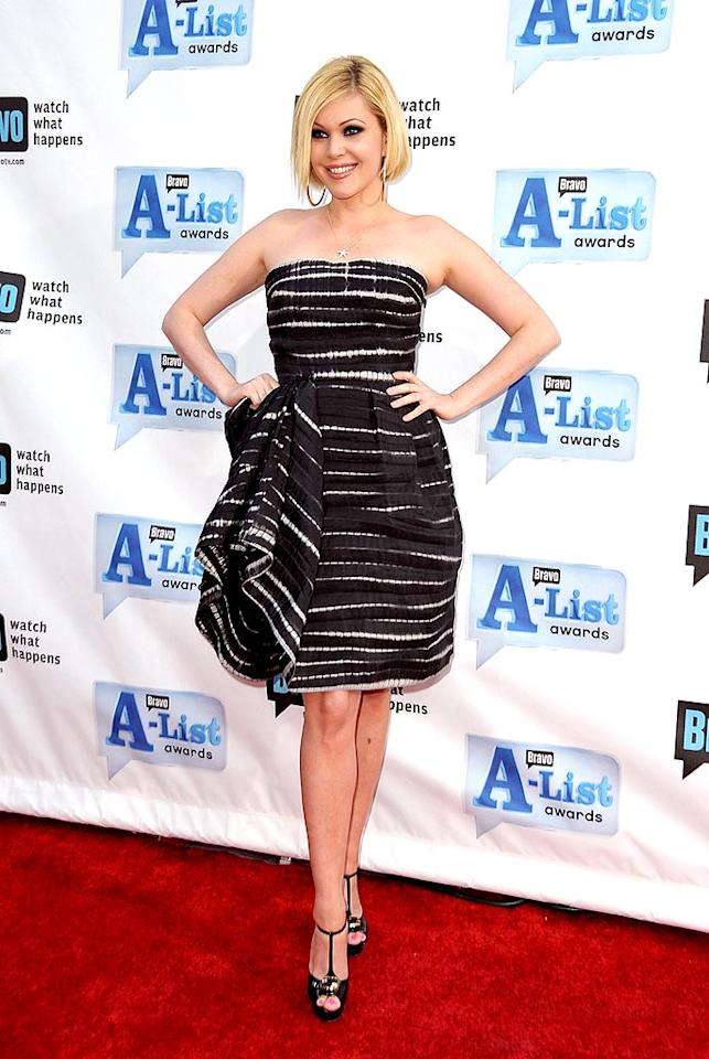 """Shanna Moakler accentuated her dramatic black and white dress with smoky eyes. Jordan Strauss/<a href=""""http://www.wireimage.com"""" target=""""new"""">WireImage.com</a> - April 5, 2009"""