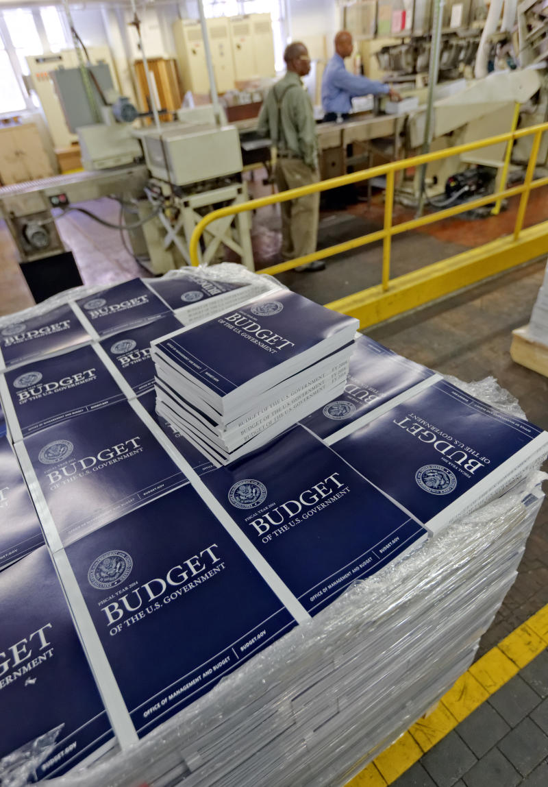 Obama's budget plan limits his bargaining power