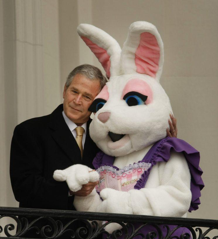 Sean Spicer Was Once the Easter Bunny for President Bush's White ...