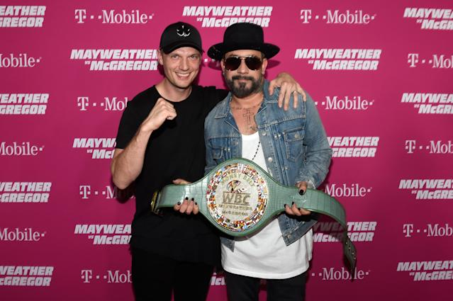 <p>Recording artists Nick Carter (L) and AJ McLean arrives on T-Mobile's magenta carpet duirng the Showtime, WME IME and Mayweather Promotions VIP Pre-Fight Party for Mayweather vs. McGregor at T-Mobile Arena on August 26, 2017 in Las Vegas, Nevada. (Photo by David Becker/Getty Images for Showtime) </p>