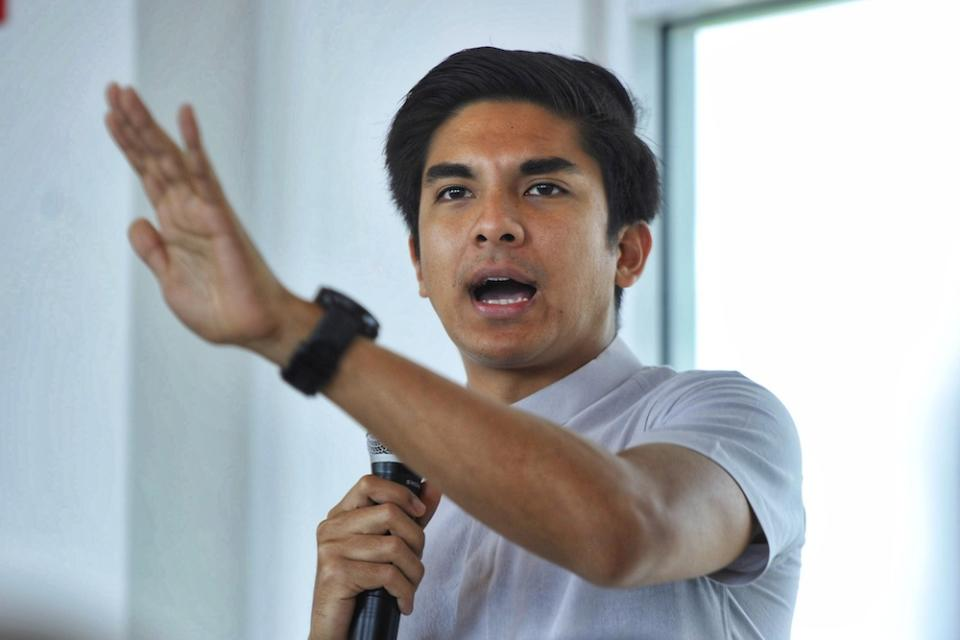 Muda president Syed Saddiq Abdul Rahman said his party would rather remain in the Opposition bloc than work with the likes of Umno president Datuk Seri Ahmad Zahid Hamidi and former prime minister Datuk Seri Najib Razak. — Picture by Shafwan Zaidon