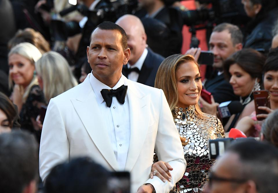 US singer and actress Jennifer Lopez (R) and husband baseball player Alex Rodriguez arrive for the 91st Annual Academy Awards at the Dolby Theatre in Hollywood, California on February 24, 2019. (Photo by Robyn Beck / AFP)        (Photo credit should read ROBYN BECK/AFP via Getty Images)