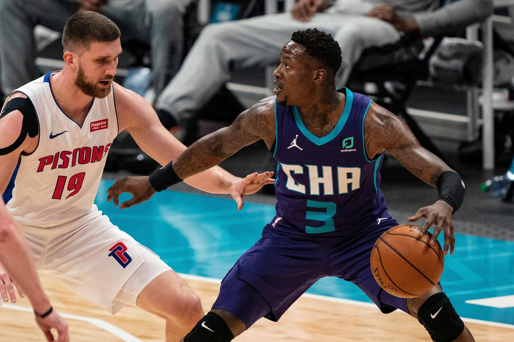 Detroit Pistons lose to LaMelo Ball and Charlotte Hornets, 105-102: Game  thread recap