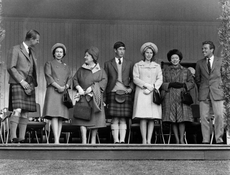 Photo taken on September 10, 1965 in Windsor, Berkshire shows The British Royal Family: (from L to R) Prince Philip, Duke of Edinburgh, Britain's Queen Elizabeth II, her mother Elizabeth, Duchess of York, Charles, Prince of Wales, Princess Anne, Princess Margaret, Countess of Snowdon, and Lord Snowdon, Antony Charles Robert Armstrong-Jones. AFP PHOTO (Photo by STRINGER / CENTRAL PRESS / AFP) (Photo by STRINGER/CENTRAL PRESS/AFP via Getty Images)