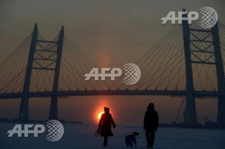 Winds off the Baltic Sea and air moisture make the chill factor especially bad in Saint Petersburg where the Neva River froze in January, 2017