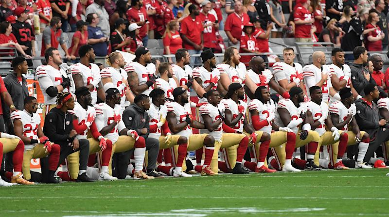 NFL To Hold Moment Of Silence For Vegas Victims During 'Monday Night Football'