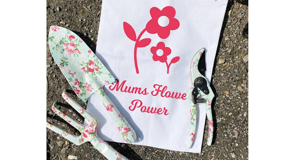 Floral Garden Tool Set In Gift Bag (Etsy)