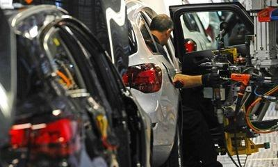 UK car production falls by almost a fifth in April