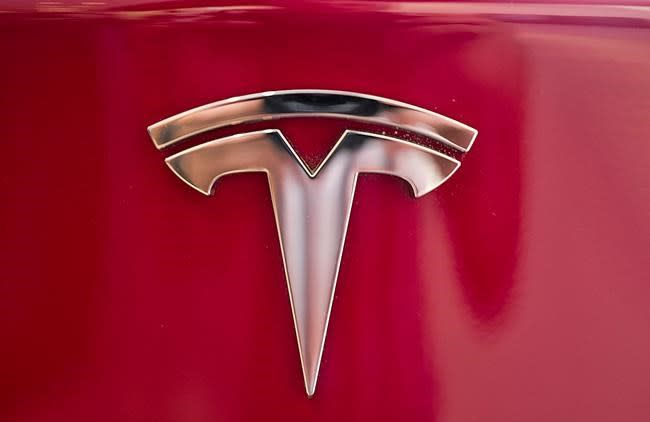 Tesla reduces prices on Models S and X amid stock slump