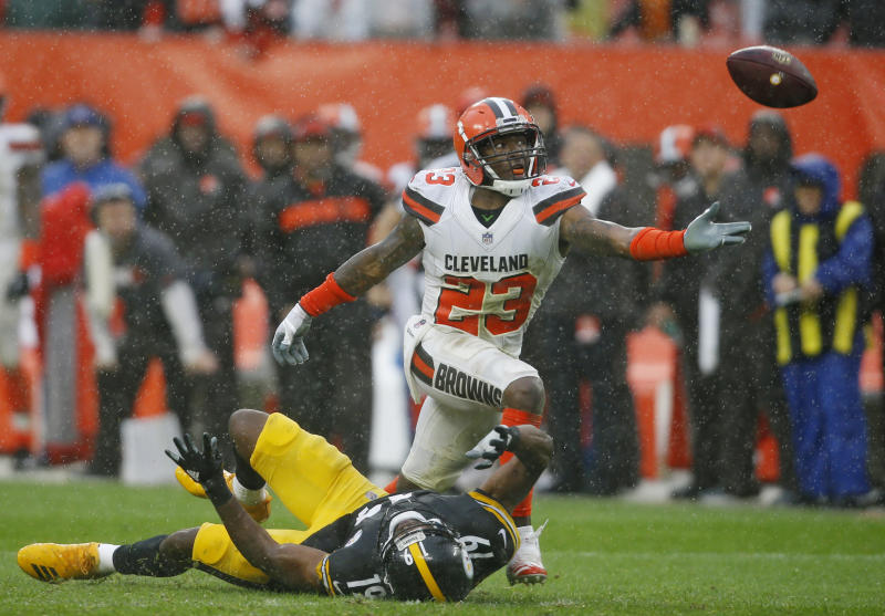 Browns, Steelers play to 21-21 tie