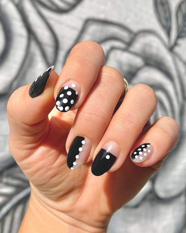"""<p>If you've advanced past the newbie stage, try this look that uses spots and dots in an interesting way for<strong> a modern take on the classic polka dot print</strong>. <a href=""""https://www.cosmopolitan.com/style-beauty/beauty/advice/a6317/nail-art-hacks/"""" rel=""""nofollow noopener"""" target=""""_blank"""" data-ylk=""""slk:Nail-art hack"""" class=""""link rapid-noclick-resp"""">Nail-art hack</a>: Use the tip of a <a href=""""https://www.amazon.com/Conair-Color-Match-Bobby-Black/dp/B005GMY26K"""" rel=""""nofollow noopener"""" target=""""_blank"""" data-ylk=""""slk:bobby pin"""" class=""""link rapid-noclick-resp"""">bobby pin</a> to get the perfect dots each time.</p><p><a href=""""https://www.instagram.com/p/B_oJzzHFoC9/?utm_source=ig_embed&utm_campaign=loading"""" rel=""""nofollow noopener"""" target=""""_blank"""" data-ylk=""""slk:See the original post on Instagram"""" class=""""link rapid-noclick-resp"""">See the original post on Instagram</a></p>"""