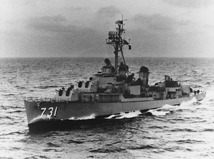 By Unknown - U.S. Navy photo NH 97900, Public Domain, https://commons.wikimedia.org/w/index.php?curid=1990649