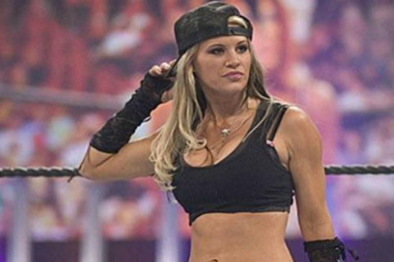 WWE Raw Diva Ashley Massaro Dead; Here are 5 Other Wrestling Superstars Who Died Young