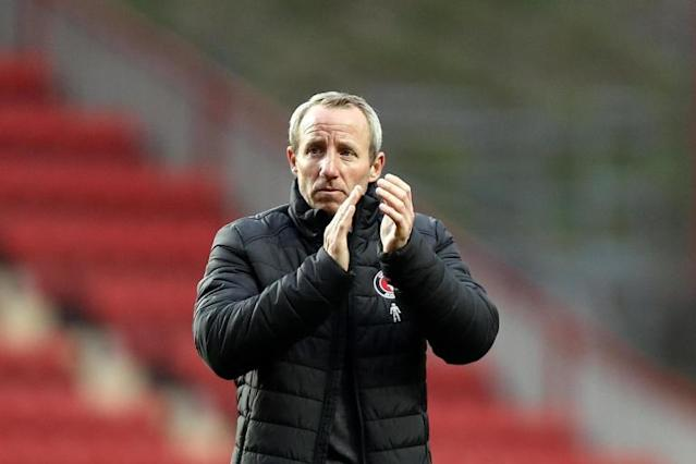 Lee Bowyer to continue as Charlton caretaker manager as takeover talks drag on