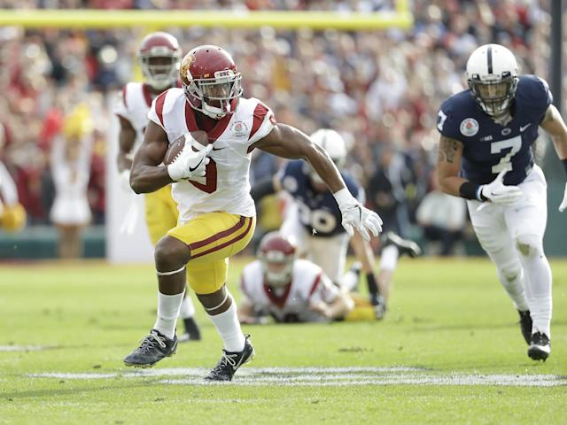USC WR JuJu Smith-Schuster is a physical receiver. (AP)