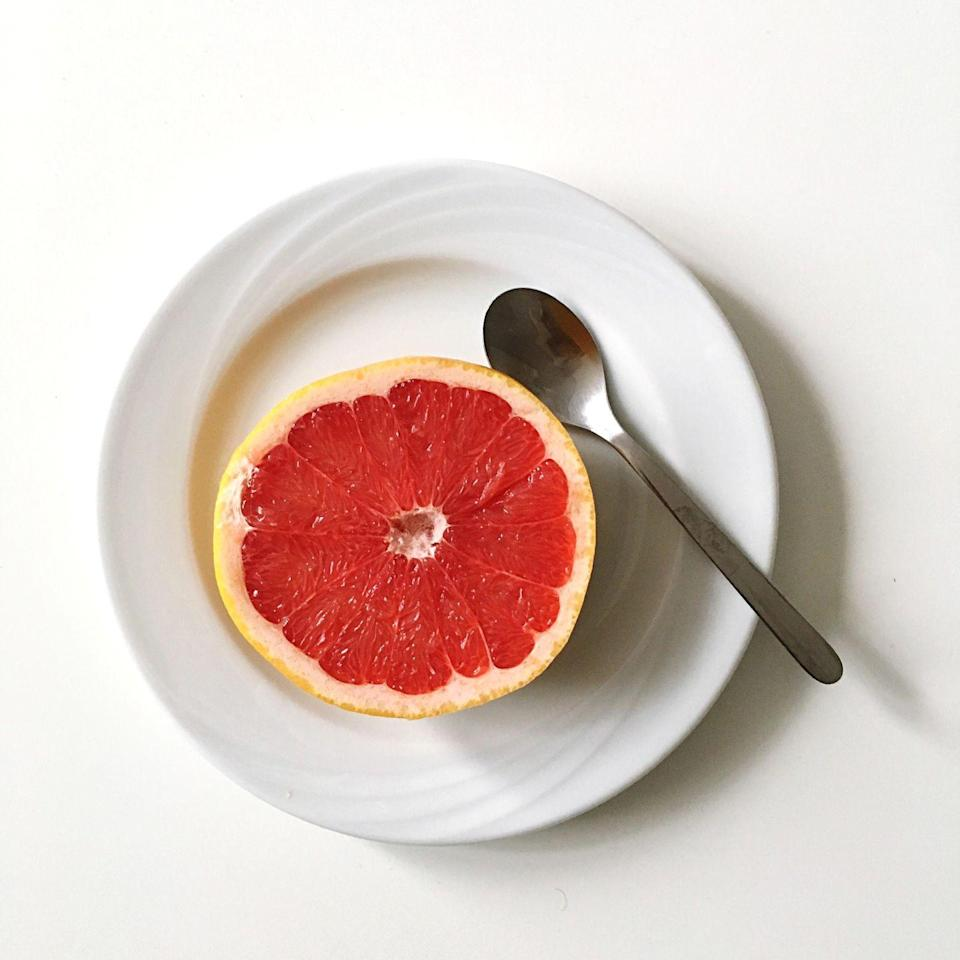 "<p>Grapefruit provides all the antioxidants of citrus fruits in a heartier, juicier form. Plus, it's a low-glycemic index fruit, which means it'll have less of a blood-sugar-raising effect. Pair a half grapefruit with a 1-ounce piece of cheese (like a stick of string cheese) for an even more filling snack.</p><p><strong>RELATED: </strong><a href=""https://www.goodhousekeeping.com/health/diet-nutrition/a20705822/healthiest-low-sugar-fruits/"" rel=""nofollow noopener"" target=""_blank"" data-ylk=""slk:The 9 Healthiest Low-Sugar Fruits You Should Be Eating"" class=""link rapid-noclick-resp"">The 9 Healthiest Low-Sugar Fruits You Should Be Eating</a></p>"