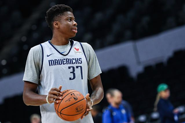 The Toronto Raptors will reportedly submit a claim for Kostas Antetokounmpo off waivers. (Photo by Zhong Zhi/Getty Images)