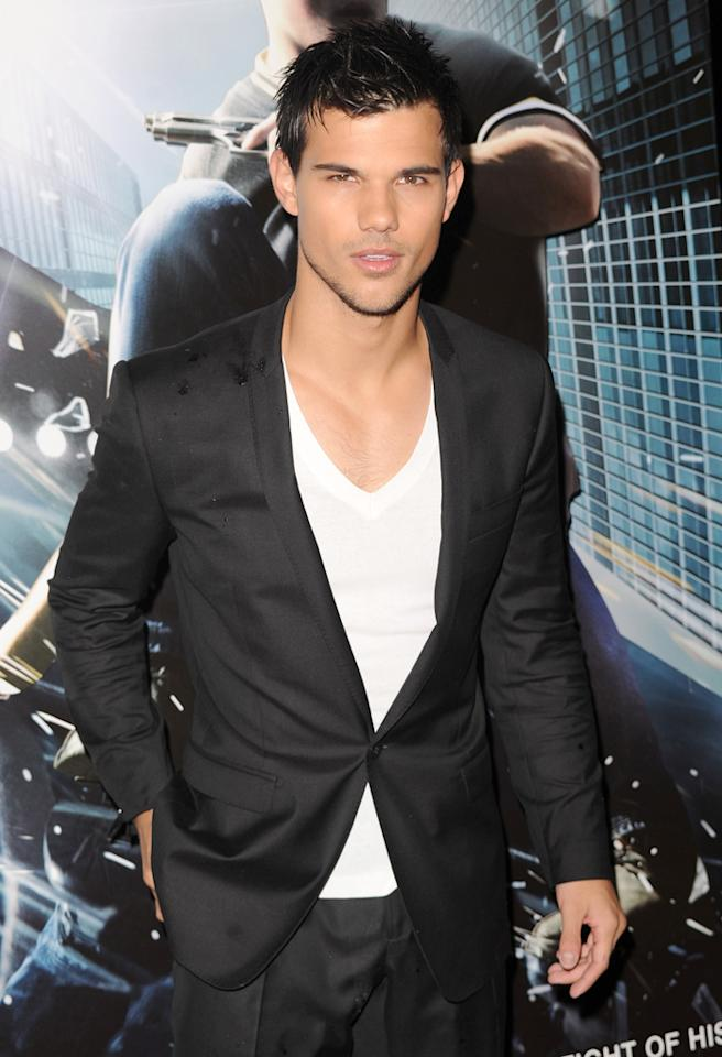 LONDON, UNITED KINGDOM - SEPTEMBER 26: Taylor Lautner attends the UK Film Premiere of Abduction at BFI IMAX on September 26, 2011 in London, England. (Photo by Stuart Wilson/Getty Images)