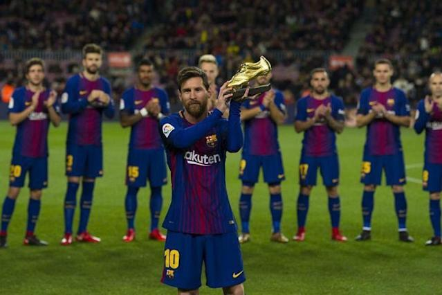 Barcelona striker Lionel Messi has won his fifth European Golden Shoe after his team beat Real Sociedad 1-0 in its final La Liga Santander match of the season.