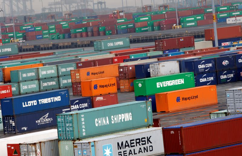 U.S. trade deficit shrinks sharply; labor market tight