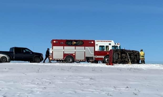 A rollover of an SUV that resulted in serious injuries closed northbound traffic for a few hours on the QEII Highway on Wednesday morning near Olds.