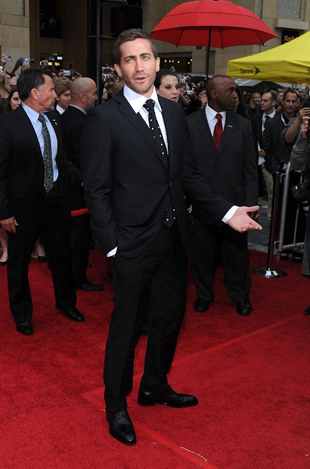 "<a href=""http://movies.yahoo.com/movie/contributor/1800019221"">Jake Gyllenhaal</a> at the Los Angeles premiere of <a href=""http://movies.yahoo.com/movie/1810041991/info"">Prince of Persia: The Sands of Time</a> - 05/17/2010"
