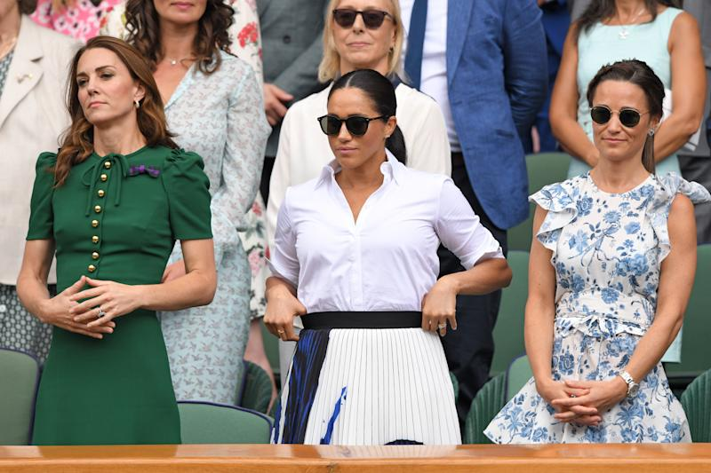LONDON, ENGLAND - JULY 13: Catherine, Duchess of Cambridge, Meghan, Duchess of Sussex, Martina Navratilova and Pippa Middleton in the Royal Box on Centre Court during day twelve of the Wimbledon Tennis Championships at All England Lawn Tennis and Croquet Club on July 13, 2019 in London, England. (Photo by Karwai Tang/Getty Images)