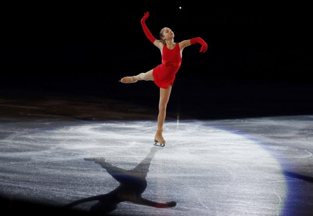 Russia's Yulia Lipnitskaya performs during the Figure Skating Gala Exhibition at the Sochi 2014 Winter Olympics, February 22, 2014. REUTERS/Lucy Nicholson (RUSSIA - Tags: SPORT FIGURE SKATING SPORT OLYMPICS)