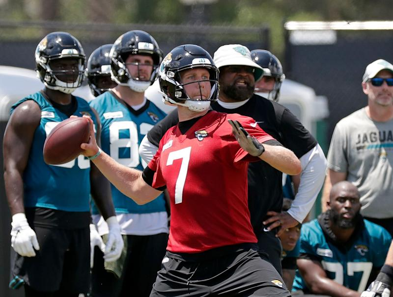 Nick Foles Out Indefinitely for Jaguars OTAs Due to Personal Reasons