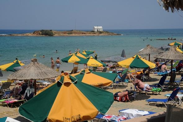 British tourist arrested taking pictures of children on Greece beach