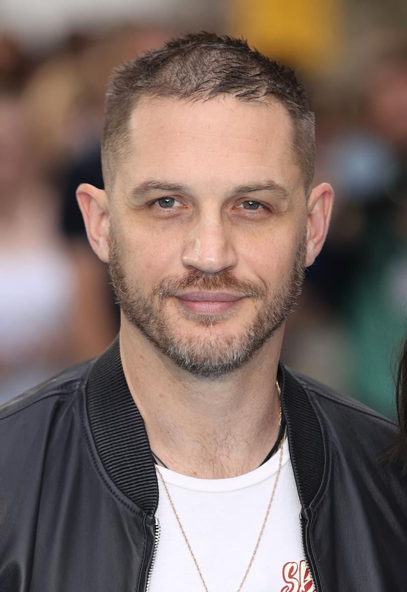 see tom hardy s al capone makeover for fonzo