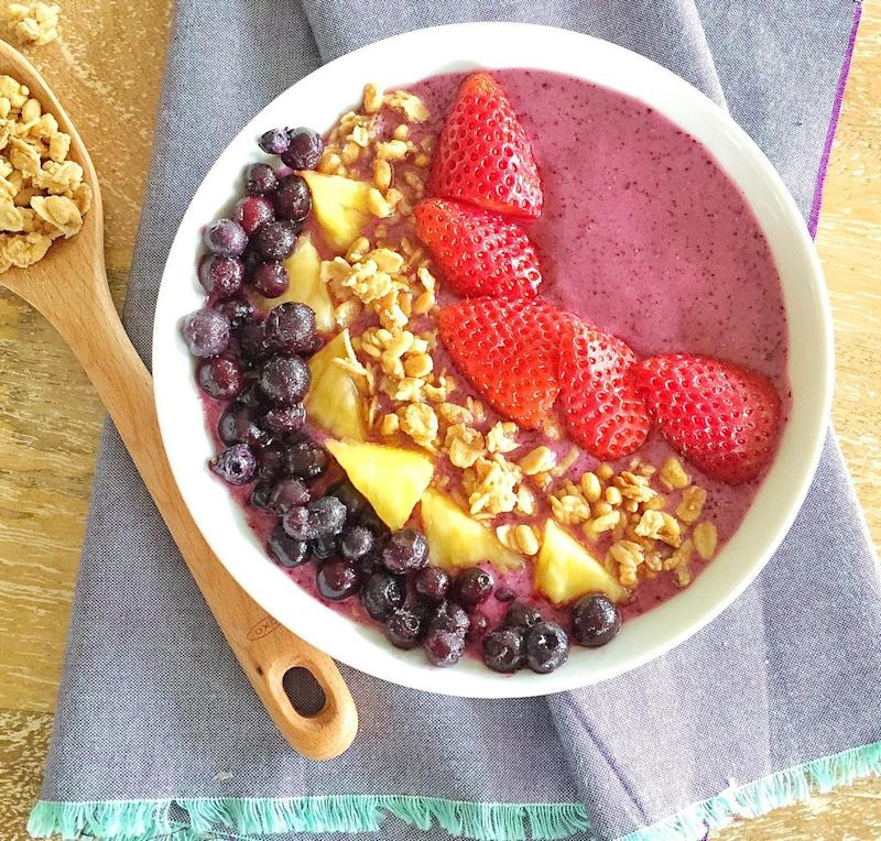 8 Healthy, Delicious Kid-Friendly Smoothies and Smoothie Bowls