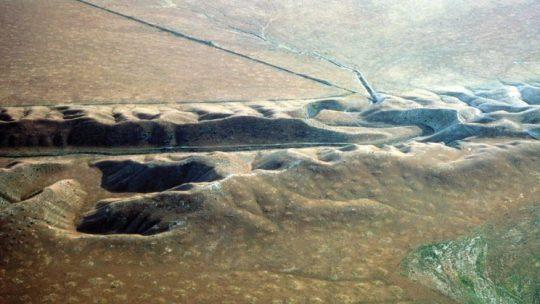 An eroded valley along the San Andreas fault in the Carrizo Plain. (USGS)